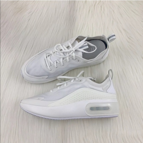 Womens Nike Air Max Dia Se Triple White